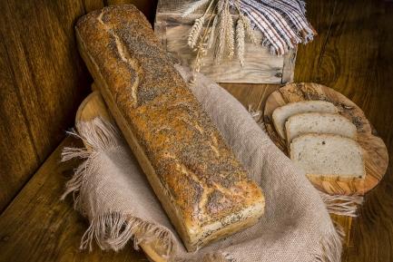 Chleb orkiszowy blacha